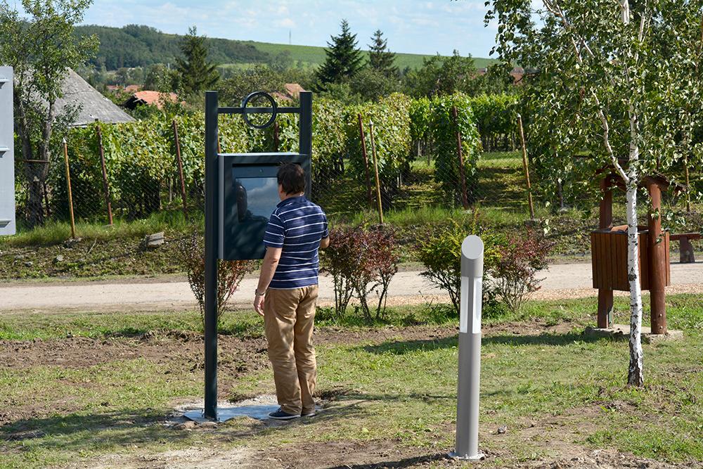 3 dimenziós virtuális séta fut a kioszkokon