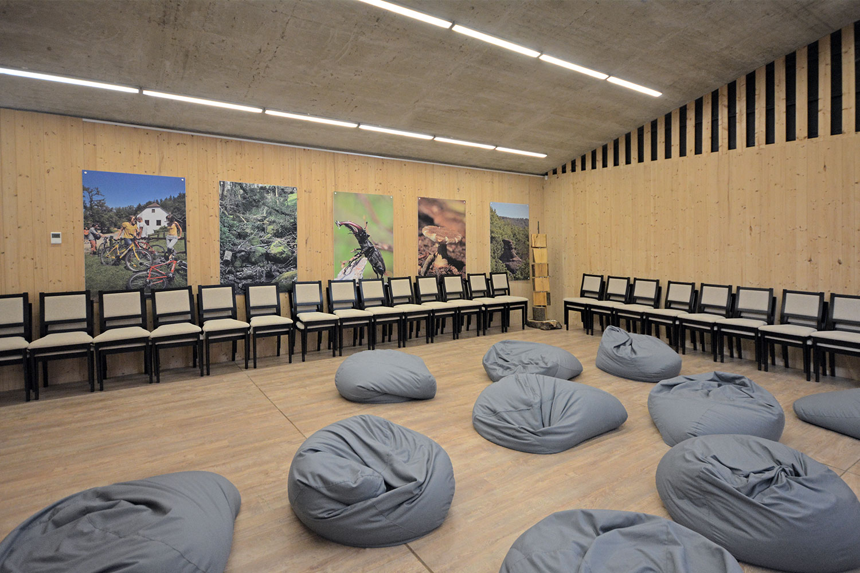 A konferencia terem és vetítő