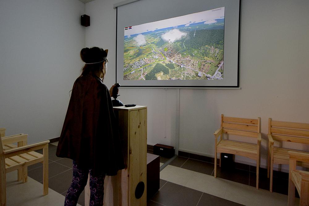 A 3D vetítőteremben a virtuális repülést tehetünk Bakonya és Eszék között